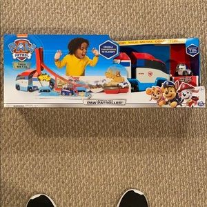 Paw Patrol Launch Haul Toy